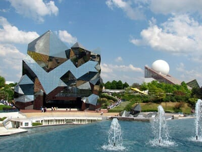 Futuroscope, Poitiers, a futuristic theme park, fun day out